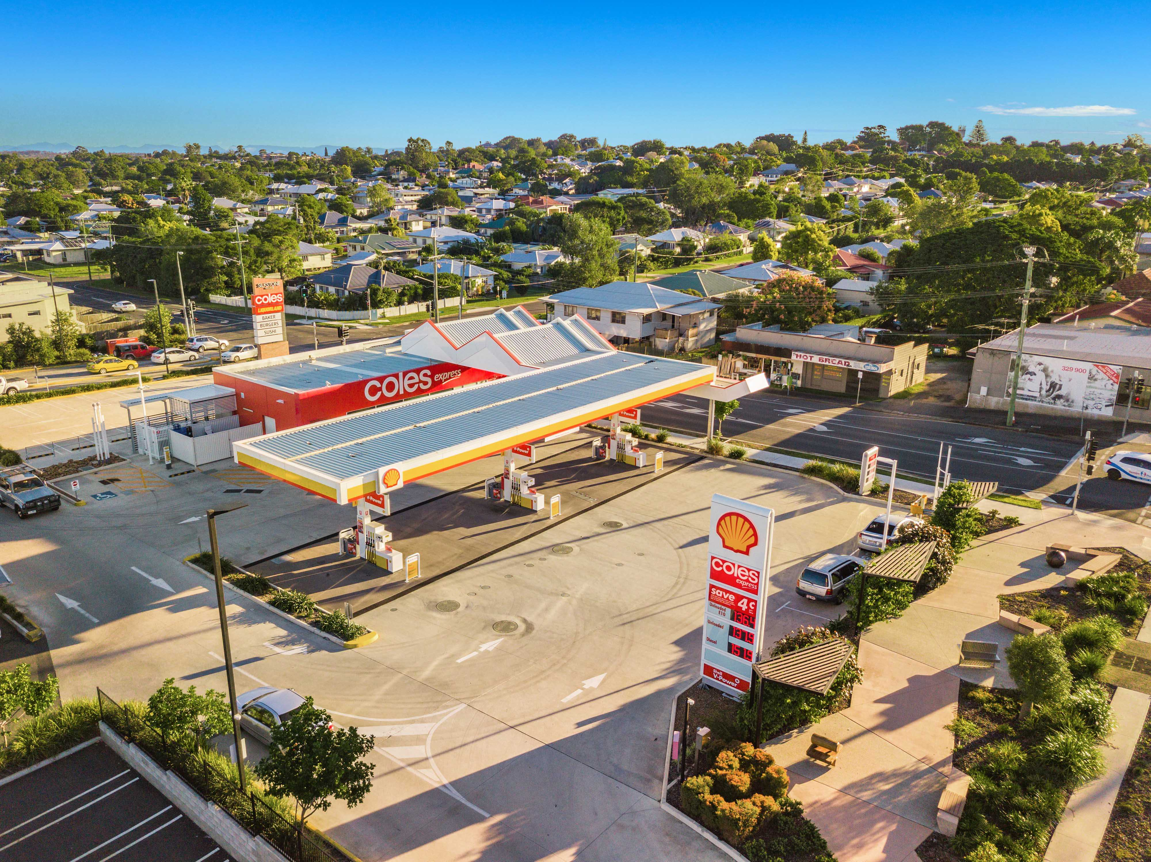 Ipswich Near-new Shell Coles Express service station for sale
